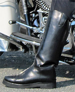 Guide to Motorcycle Police Patrol Boots 747aa05a6a