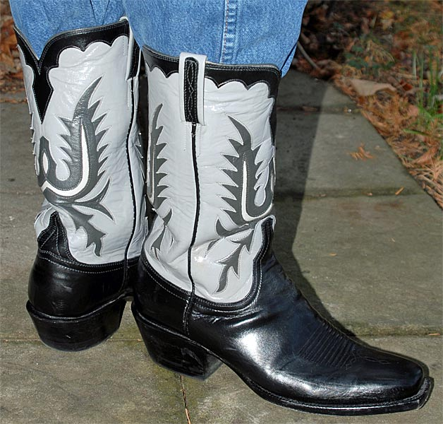 Lucchese Classic Calf L1656 Cowboy Boots