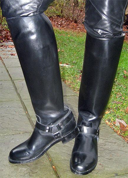 Hispar Harness Patrol Boots