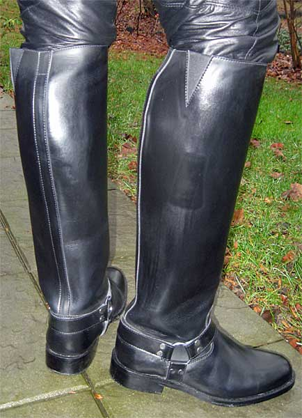 Hispar Harness Patrol Boots
