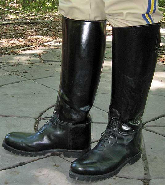 Stock Bal Laced Lug Soled Dehner Boots